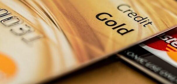 Co to jest karta kredytowa i co warto o niej wiedzieć?