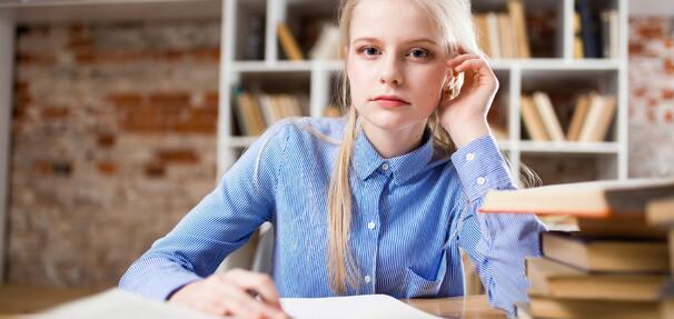 Niższe oprocentowanie preferencyjnych kredytów studenckich