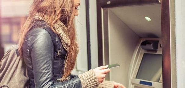 Bezpłatne wypłaty z bankomatów za granicą - lista ofert