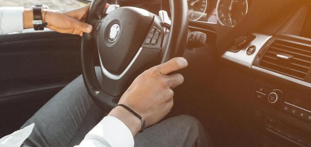 Zakup auta – kredyt gotówkowy, czy samochodowy?