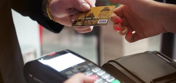 Terminal płatniczy za 0 zł przez 18 miesięcy w Pekao. Oferta dostępna do końca sierpnia