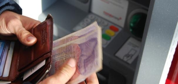 Co zrobić gdy bankomat zatrzymał moją kartę?