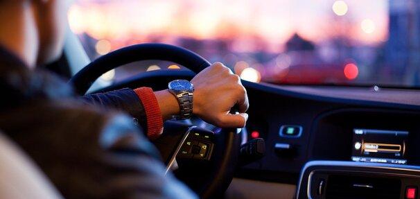 Samochód na raty czy za gotówkę - co wybrać?