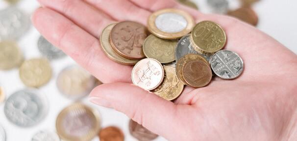 Obligacje skarbowe - czy warto je teraz kupić, zamiast oszczędzać na kiepskiej lokacie?