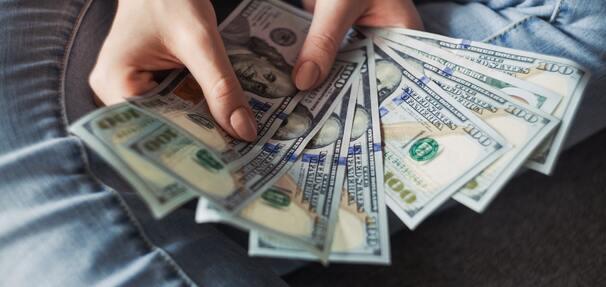 Czy porównywanie kredytów wpływa na zdolność kredytową?